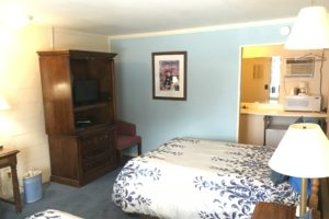 two double beds, tv, microwave, refrigerator