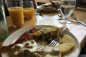 bed & breakfast, gourmet in-house cooking | The Hartland Inn | New Meadows, ID