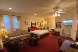 King Suite at The Hartland Inn